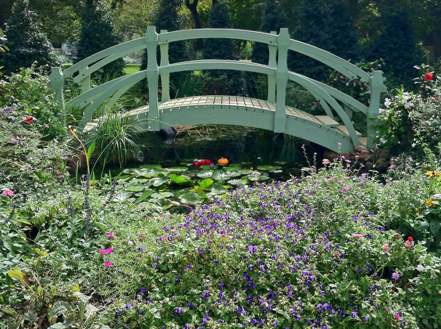 "Inspired by Claude Monet's ""Bridge over a pond of lilies"""